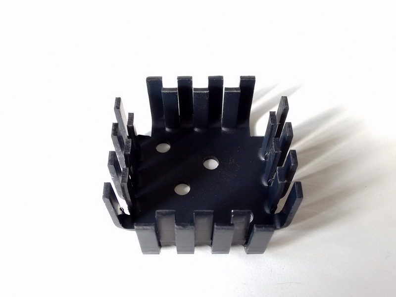 EM4-57 B2 Dissipatore