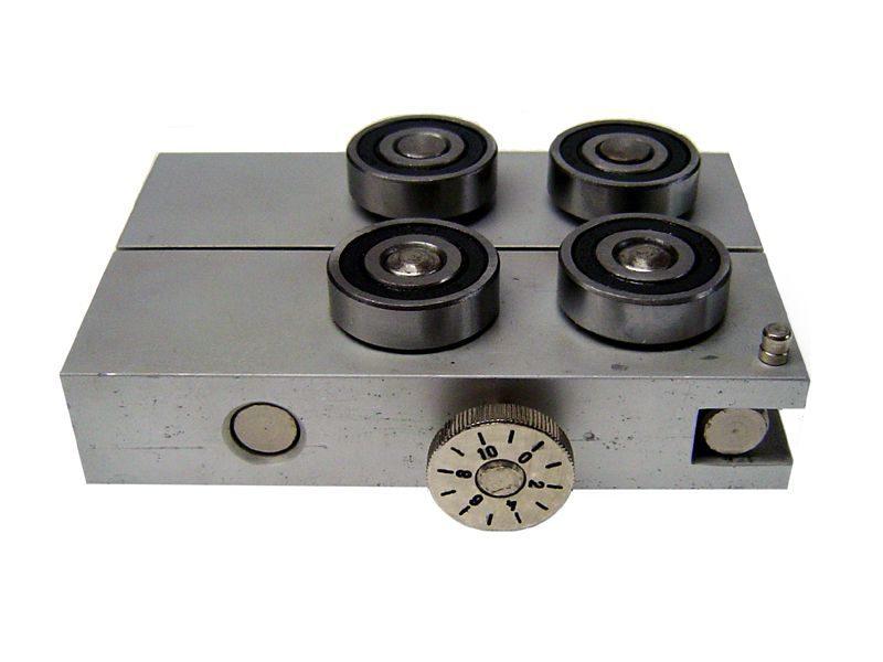 ALIN -3E Allineatore di pin per integrati DIL