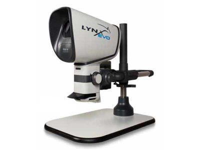LYNX EVO Stereomicroscopio con stativo multipiano e obiettivo 0.45x (2.7-27x)